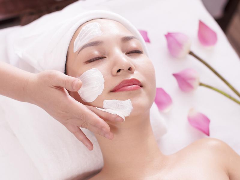 Skincare là gì? Cách chăm sóc skincare đơn giản hiệu quả