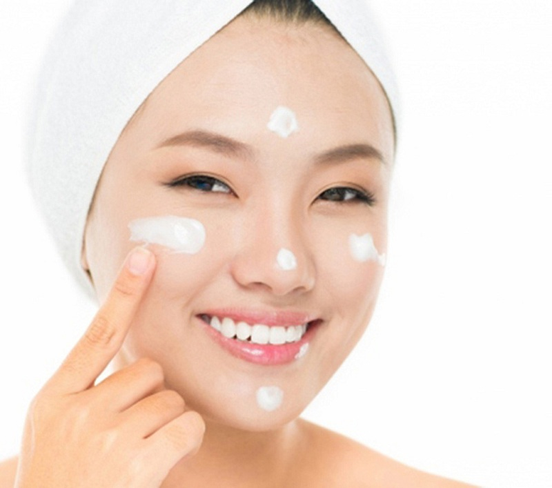 Sử dụng kem dưỡng da có tốt không?