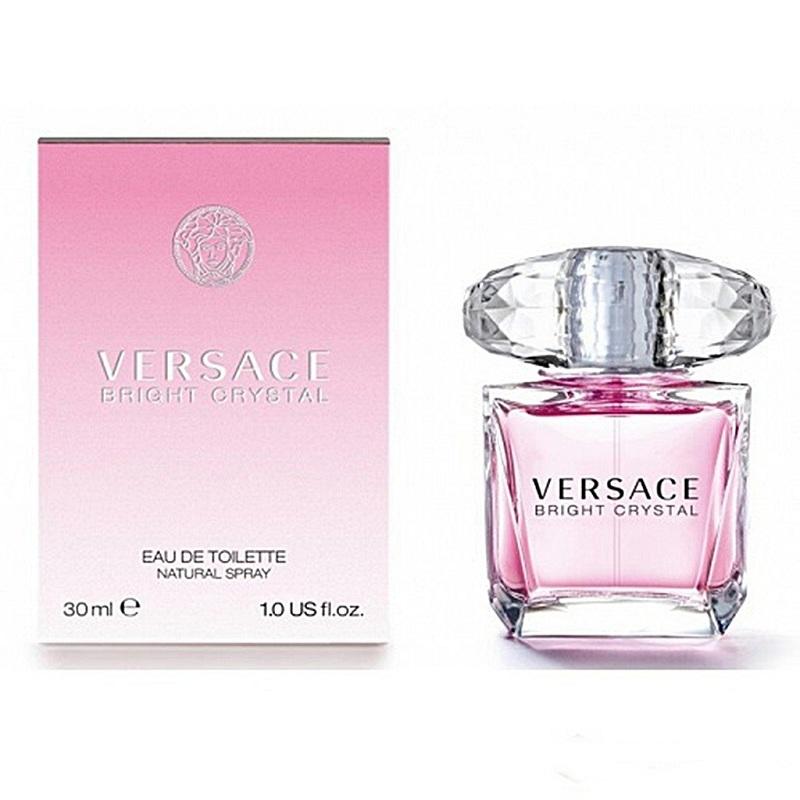 Kiểm tra nước hoa Versace chính hãng bằng hương thơm.